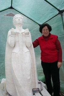 sculpture-frederique-maillart.JPG