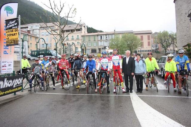 photo-les-cyclistes-ont-du-coeur.JPG