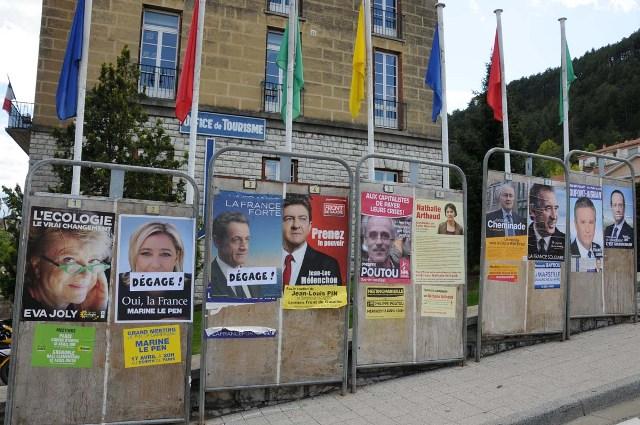 degradation-panneau-electoral-004.JPG