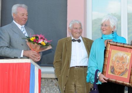 ceremonie-plaque-pierre-magnan-ecole-des-plantiers-024.JPG