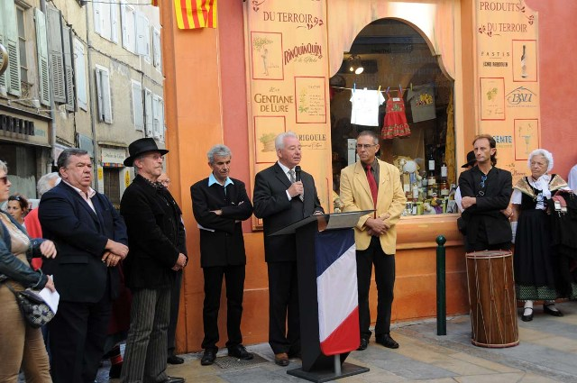 inauguration-plaque-rue-en-provencal-007.JPG