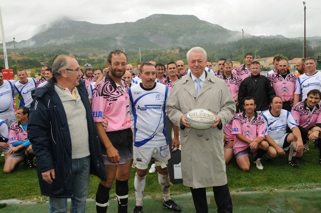 journee-caritative-au-benefice-mucoviscidose-au-rugby-008.JPG