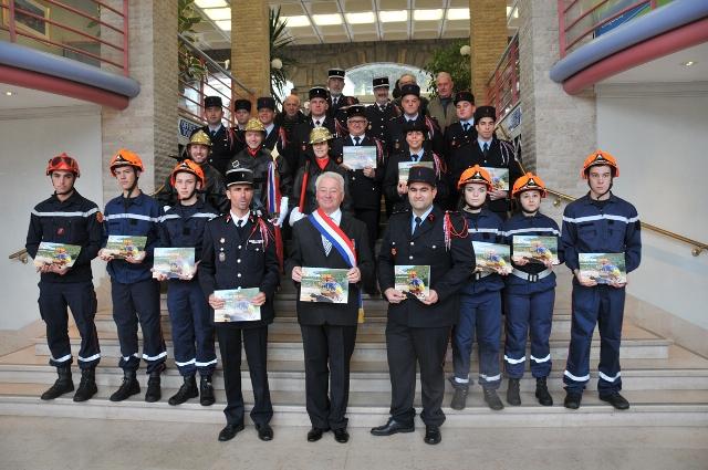 calendrier-sapeurs-pompiers-2.jpg