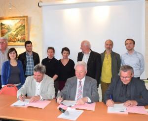 Signature contrat enfance jeunesse (6)
