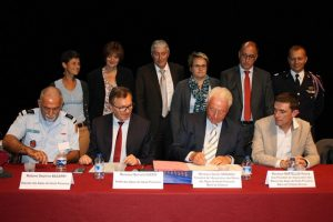 2017-09-22 - CONGRES MAIRES - SIGNATURE CONVENTION SDIS (4)