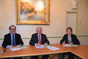 Signature convention partenariat Mairie et Trésorerie (3)