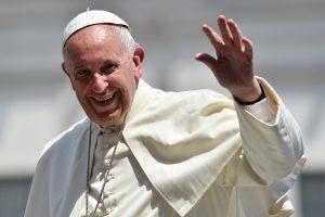 Le-pape-Francois-30-juin-2016-Vatican_0_1400_931