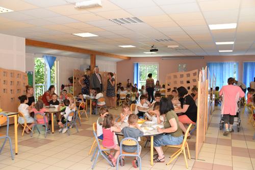 Déjeuner Restauant scolaire Petite Enfance (1)